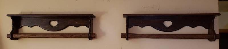 2 Dark Wood Quilt Racks   36 x 5 5 x 10 5 in  tall