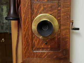 Antique Western Electric Oak Wall Telephone   Model 317R   9 x 12 x 23 in  tall   chip on Mouthpiece