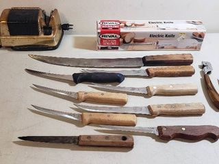 Kitchen Knives  Rival Electric Knife and Cory Crown Jewel Electric Knife Sharpener   works
