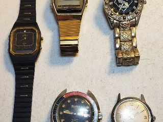 Men s Watches  3 watches w bands need batteries   ones w o bands work