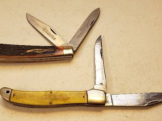 2 large 2 Blade Pocketknives   488 Remington Cutlery  made in China  and Western  made in Boulder  CO    both have some handle issues   see pix