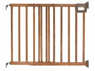 Summer Infant Deluxe Stairway Simple to Secure Gate