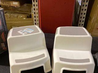 2 Step Stools  amp  1 Potty Seat