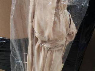 Champagne   14  Cap Sleeve Evening Dress  Retail 117 99