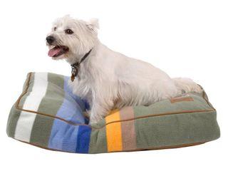 Pendleton Rocky Mountain National Park Dog Bed Retail 99 00