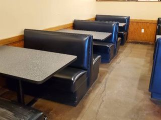 3  Double Booths   4  Single Booths With Tables