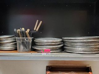 Pizza Pans With Spatulas