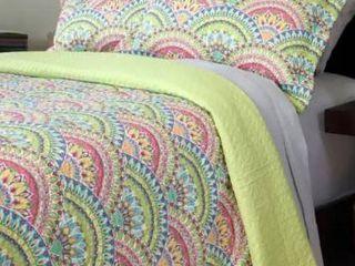 Windsor Home Melanie 3 piece Quilt Set