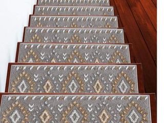Traditional Collection Stair Treads Polypropylene  Pack of 13    Retail 83 49