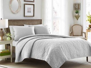 Felicity Quilt And Sham Set Twin Soft Gray   laura Ashley