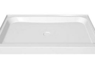 MAAX Shower Bases 48 in  x 32 in  Single Threshold Shower Base in White 105060 000 001 000   Retail  679 99