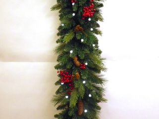 9 Foot  Traditional Woodland Berry Garland B O w Warm White   Multi lED lights  Retail 84 49