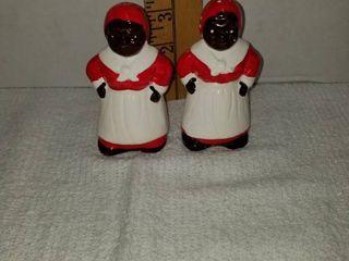 Aunt Jemima salt and pepper shakers