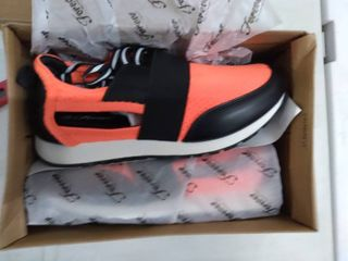 forever link women s sneakers size 6 Orange