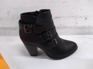 forever women s buckle boots size 5 black