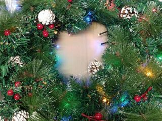 large 18  Christmas Wreath