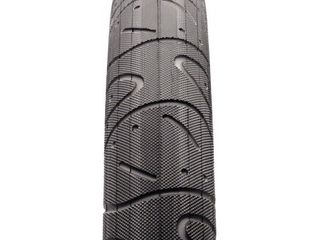 Maxxis Hookworm WC Wire Tire  29 Inch