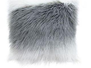 Diamond Sofa 18 inch Dual Sided Faux Fur Pillow