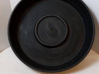 19 in plastic Planter Base Black