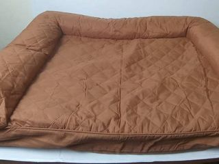 Brown Diamond Doggie Bed 35  x 27 x 41