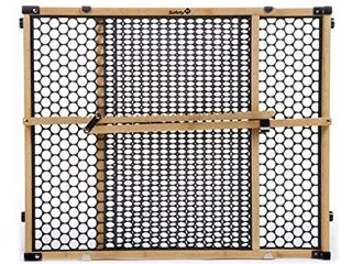 Safety 1st Plastic Safety Gate w  Bamboo Frame