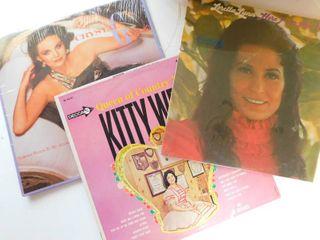 1047 3 vintage albums Crystal Gayle