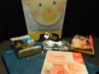 Miscellaneous lot Books   Glasses