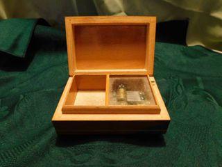 Musical Jewel Box
