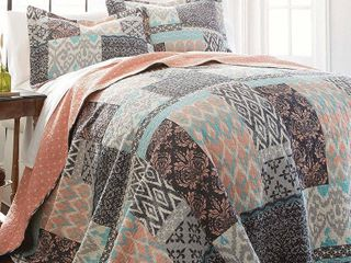 Sylvia Patchwork Printed Reversible 3 Piece Full Queen Quilt Set