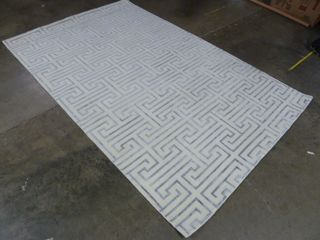 5  x 8  Pattern Area Rug