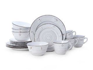 Pfaltzgraff  Trellis White Coastal    16 Piece Dinnerware Set  Service for 4  Check out  6911 If You Need 8 Piece Setting