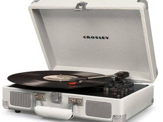 Crosley 3 Speed Turntable with Built in Bluetooth   Pitch Control