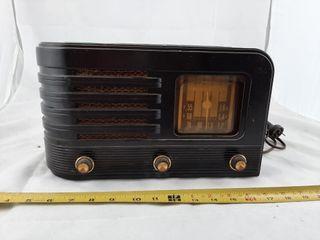 Stromberg Carlson Model No 561 Radio