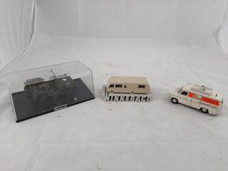 1 32 Willys Jeep  Winnebago Decor  Dinky Toy