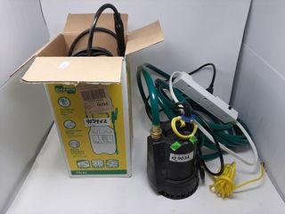 Sump Pump With Hose  Power Bar And Sprayer