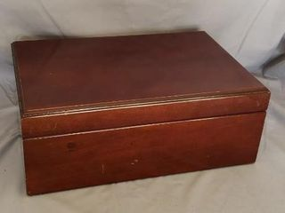 Wood Storage Box Cedar lined 14  X 9  X 5 5