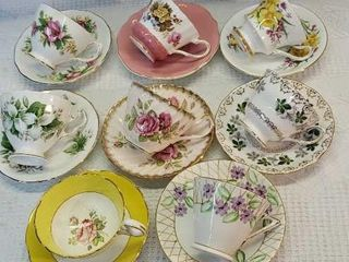 8  Bone China Tea Cup   Saucers