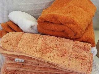 Box Of Bath Towels   Mats
