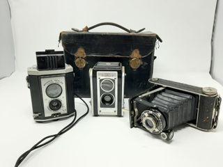 Camera lot With Kodak Dualflex Ii  Brownie