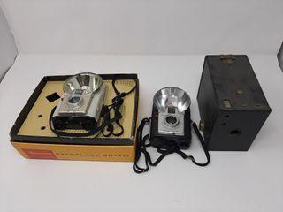 Camera lot With Kodak Brownie Starflash Cameras