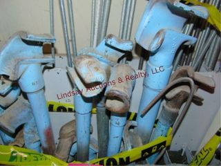 Approx 18 various size pipe benders