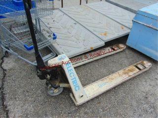 Pallet jack  wheels need repair