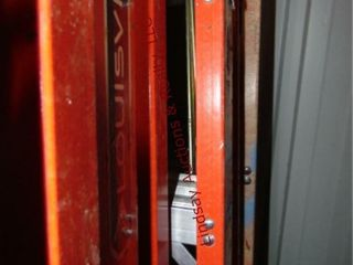 louisville 10  fiberglass step ladder 300lb cap