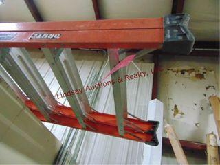 louisville double sided 16  fiberglass ladder