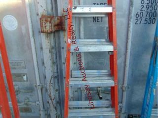 louisville 6  fiberglass ladder