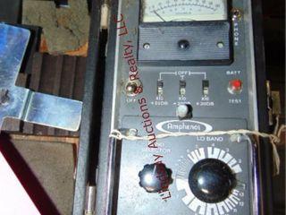 Amphenol signal commander model 840 18 w  case