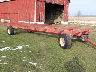 CREEKBANK ROUND BAlE RACK WITH HORST 205 WAGON
