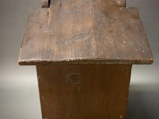 Primitive Pine lidded Candle Box