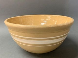 Primitive Yellow Ware Banded Mixing Bowl 9
