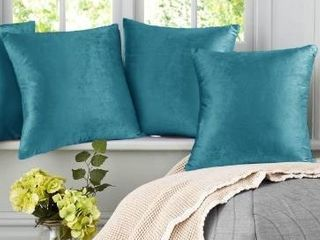 Set of 2   Porch   Den Cosner Solid Color Microfiber Velvet Throw Pillow Cover